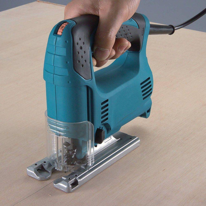 Makita 450w Orbital Action Corded Cutter